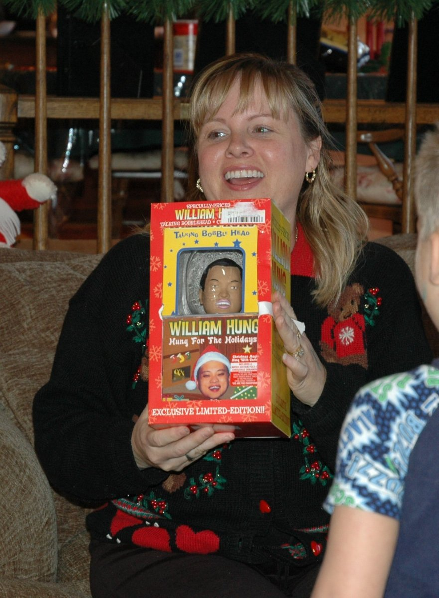 kathy-and-her-william-hung-christmas