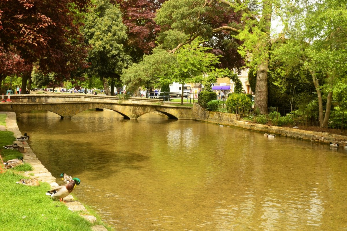 22may15 Cotswolds101 Bourton On The Water Rsc Evening