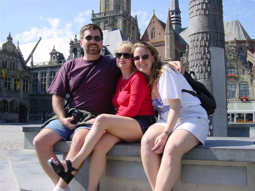 Veurne - Roger, Kathy, and Jenny
