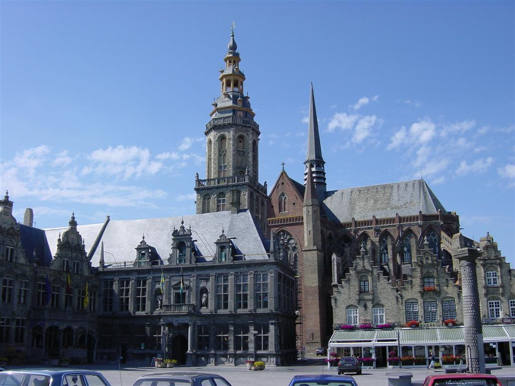 Veurne - town square and church