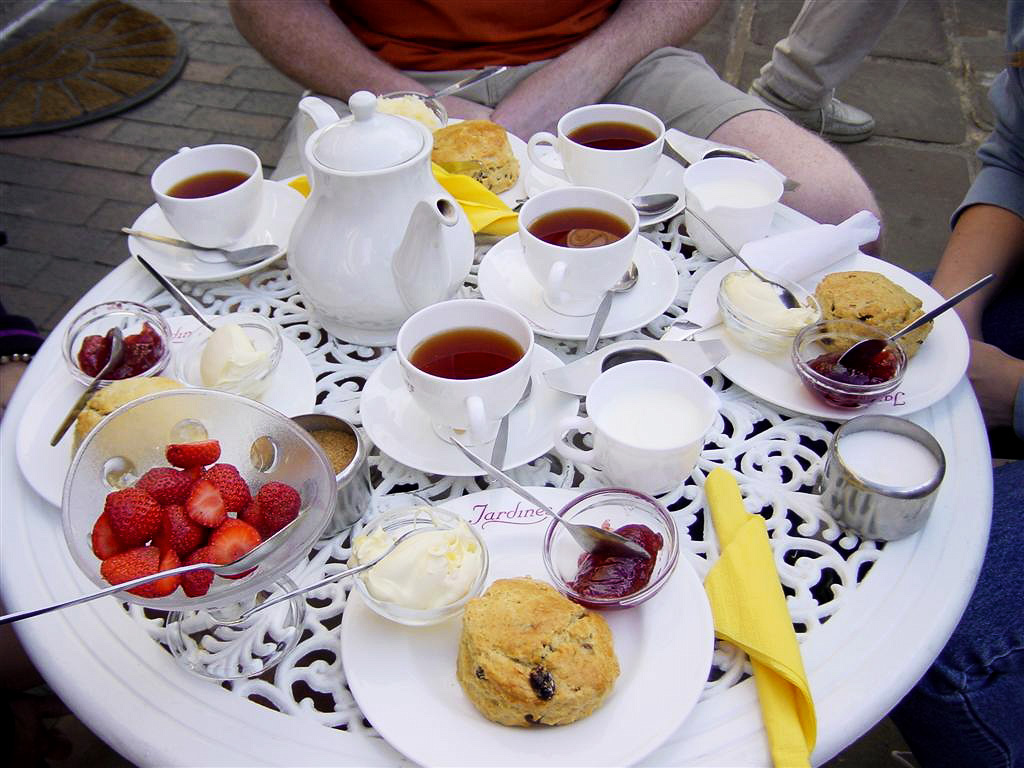 Cream Tea in Broadway