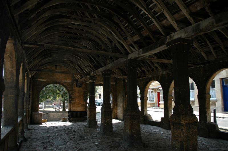 Chipping Campden - Market Hall (6)