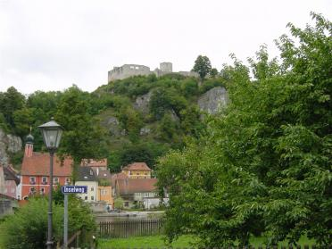 castle-on-hill-1