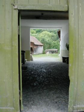 doorway-to-farmhouse