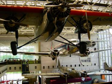 ford-tri-motor-and-dc3