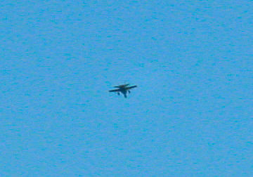 Military jet (F18, I think) overflight of DKR-TMS