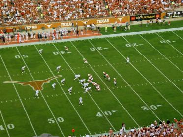 Colt and the Horns - 1st offensive series of 2008