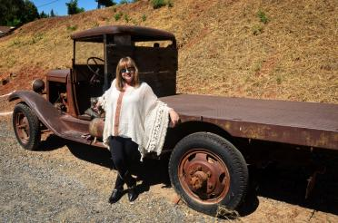 Boeger Winery - old truck 02