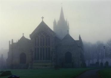 Evesham Abbey - foggy afternoon