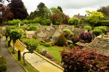 Bourton-on-the-Water model village (1)
