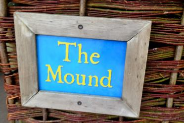 Warwick Castle - The Mound sign
