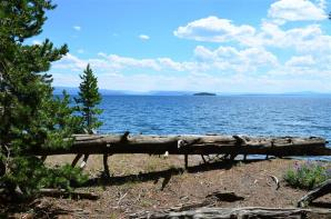 Day 10 - Yellowstone Lake (30Jul12)