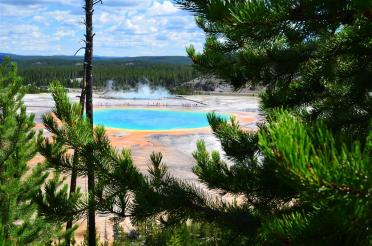Grand Prismatic - from atop hill on Fairy Falls trail (11)